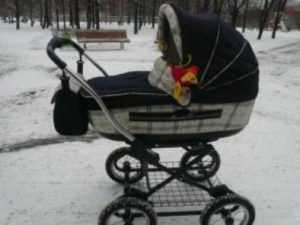 Брянский пенсионер на «УАЗе» врезался в коляску с младенцем