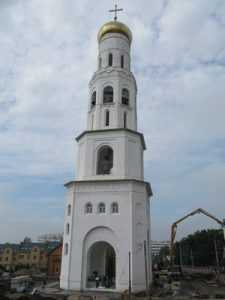 Митрополит заверил, что колокольня брянского собора не разрушится