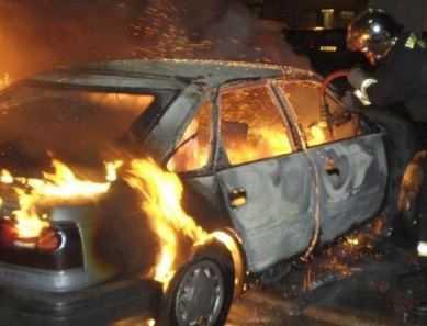 В Новозыбкове сгорела легковушка