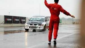 Брянский автогонщик станет участником гонки звезд