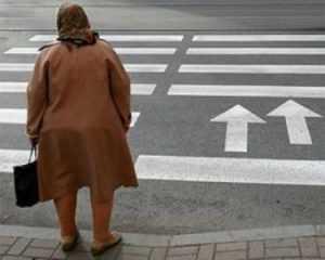 В Брянске водитель сбил пенсионерку на «зебре», отвёз домойи уехал