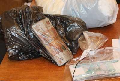 В Брянске вооружённый разбойник ограбил автомойку