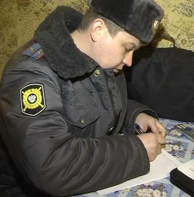 Брянский полицейский устроил пьяную драку в кафе