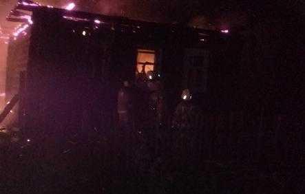 В брянской деревне Сачковичи при пожаре погиб мужчина