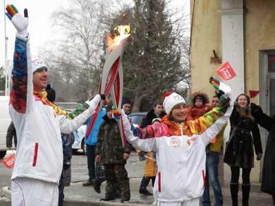 Олимпийский огонь отправился в путь по Брянску