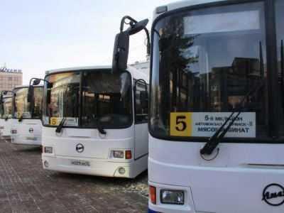 В Брянске автобус с рабочими сбил пешехода