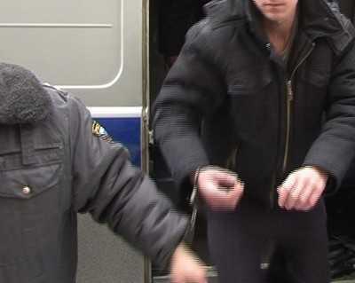 В Брянске во время олимпийской эстафеты ограбили пенсионерку