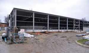Министр спорта пообещал помочь восстановить рухнувший брянский стадион