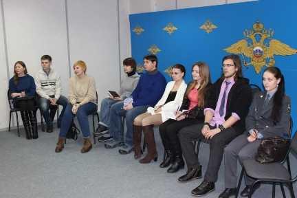 В Брянске полиции начал помогать «студенческий десант»
