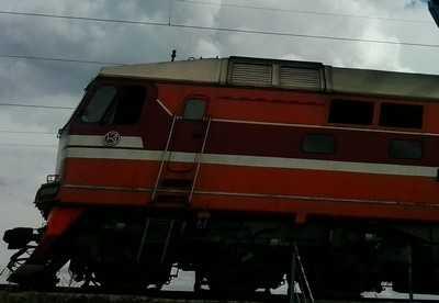 В Жуковском районе легковушка столкнулась с электричкой