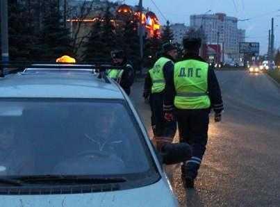 При столкновении иномарок под Брянском погиб человек, ещё 4 ранены