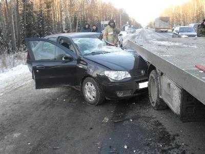 На трассе Украина под Брянском «Фиат» протаранил грузовик