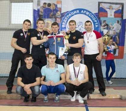 Брянские силачи победили в Белгороде