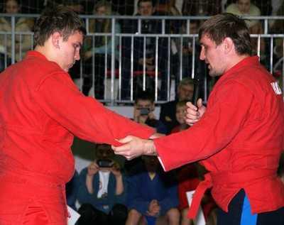 Чемпион мира Виталий Минаков дал брянцам звездные уроки