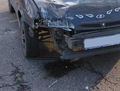 В Брянске при столкновении машин пострадал водитель «Ауди»