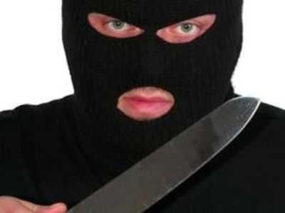 Белорус-разбойник грабил в Брянске магазины и салоны сотовой связи