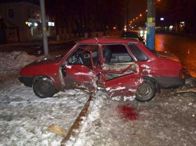 В аварии возле ТРЦ Тимошковых в Брянске  пострадали  пятеро человек