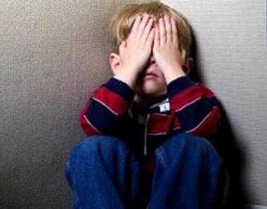 Жительница Брянска избила в школе  одноклассника  своего сына