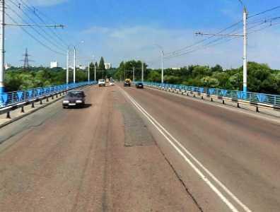 На Октябрьском мосту в Брянске обнаружили муляж гранаты