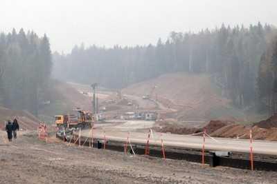 Цену 76 километров шоссе Москва — Петербург завысили на 6 милилардов