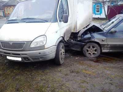 В Клинцах водитель микроавтобуса раздавил пенсионерку