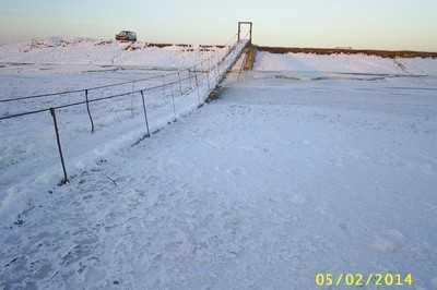 Жуковские власти пообещали спасти вмерзший  мост