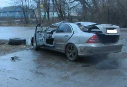 В Брянске погиб водитель перевернувшегося «Мерседеса»
