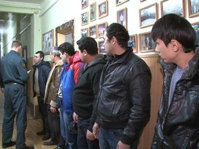 Брянские силовики задержали 50 нелегальных мигрантов