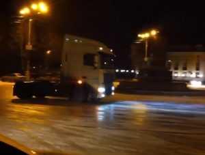 ГИБДД проверила видеоролик о гонках на тягаче и «Ниве» в Брянске
