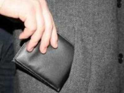 Брянец утащил кошелёк одного из участников драки в кафе