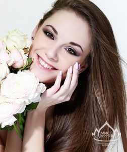 На всероссийском конкурсе красавиц Брянск представит Юлия Мильшина