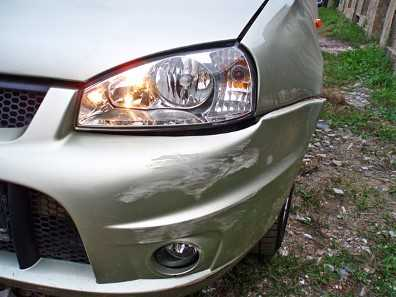 В Брянске «Форд» протаранил легковушку, высаживавшую пассажиров