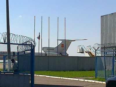 Брянский губернатор поклялся, что аэропорт не уничтожат