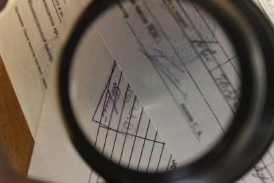 В Брянске хитрый юрист фальшивкой снизил себе срок заключения