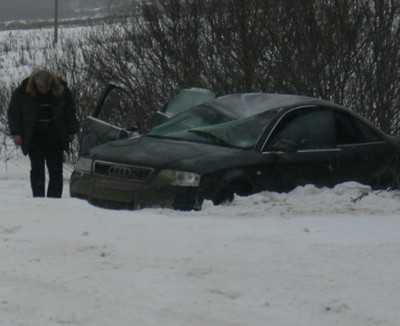 На трассе Брянск – Новозыбков фура вытолкнула «Ауди» на встречку