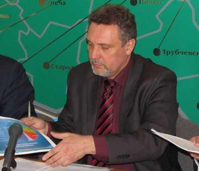 Брянские автомобилисты наказали главного дорожника на 100500 рублей