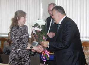 Брянских женщин поздравили градоначальники