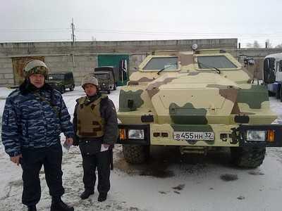 Водителя BMW-X5, сбившего брянского офицера, в Зернове не знают