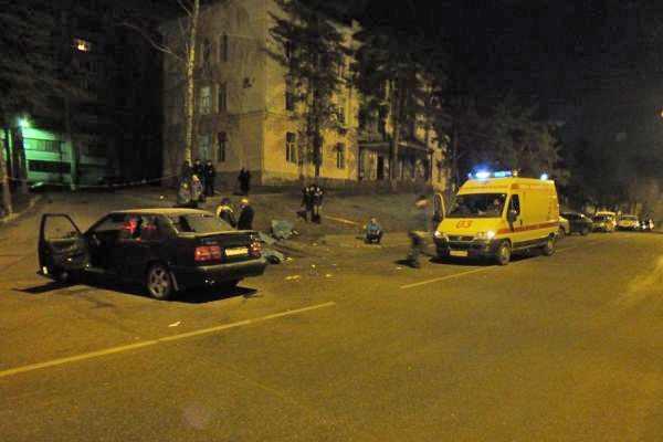 В Воронеже автомобиль Volvo сбил 15 человек