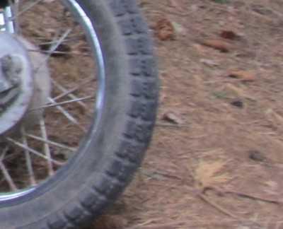Пьяный карачевский мотоциклист врезался в столб и проломил череп