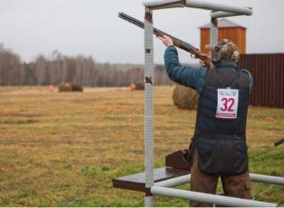 На соревнованиях в Брянске ветер едва не унёс стрелков