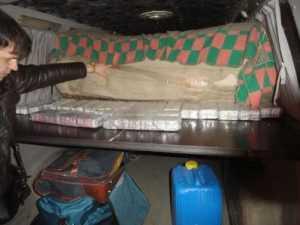 Брянские таможенники задержали фургон с молдавскими анаболиками