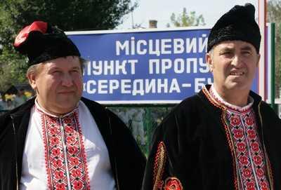 Украина решила ввести визовой режим с Россией
