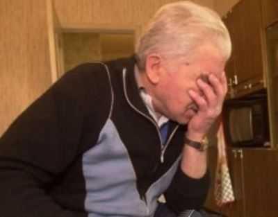 Полиция поймала воровку, обокравшую 90-летнего брянского старика