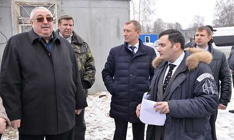 Александр Хинштейн нашел в Брянске пятачки земли для детских площадок