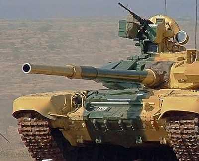 Украинцы рассмотрели эшелон с танками в Брянской области