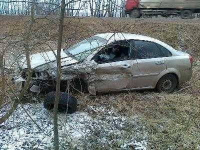 Брянский водитель в ДТП сломал девять рёбер и убил пассажирку