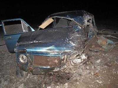На брянской трассе водитель легковушки погиб, врезавшись в грузовик