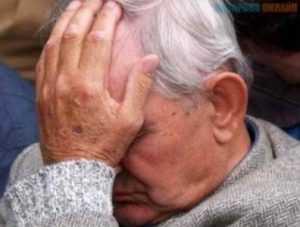 Брянский старик убил собутыльника, требовавшего денег