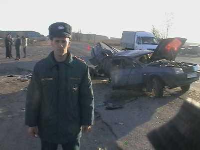 На трассе под Брянском маршрутка столкнулась с легковушкой — погиб человек